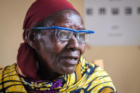 Rwandan lady wearing adjustable glasses