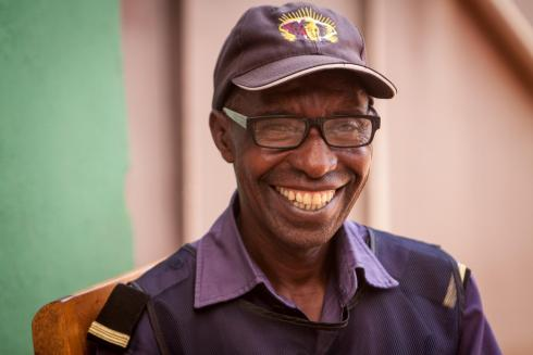 Rwandan (Frederic) reading glasses